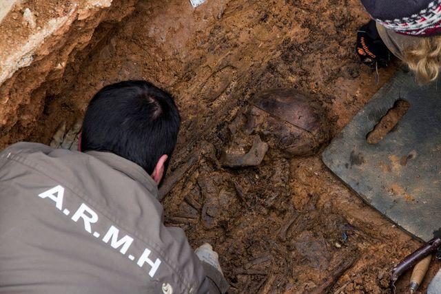 GRAVER: Organisasjonen ARMH leter etter ofre for Franco-diktaturet i Spania. Fortsatt er 114.000 savnet.