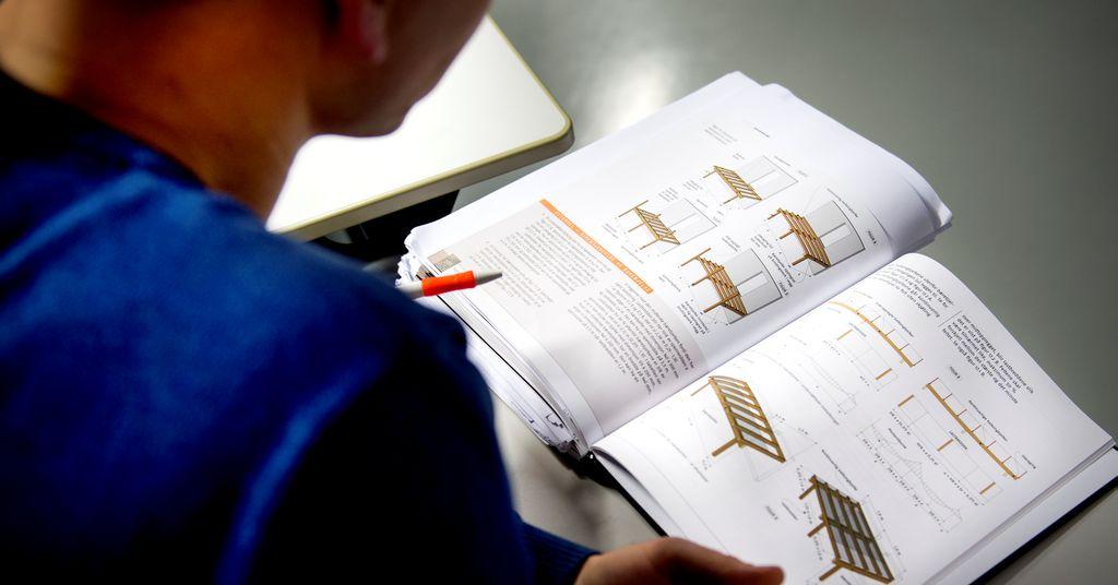 Ungdommer sliter med å finne læreplass. Her er Ap-tiltaket som skal hjelpe dem til fagbrev